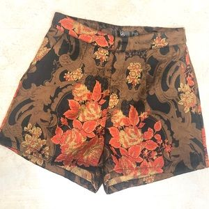 misguided embroidered shorts 4